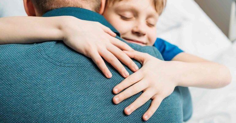 rüyada babaya sarılmak
